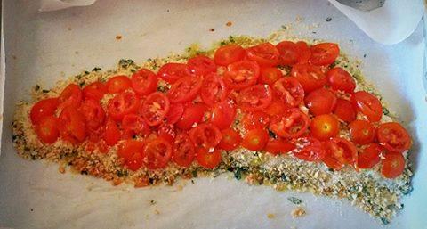 Filetto di merluzzo impanato e pomodori