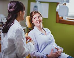 Dentista, prima e durante la gravidanza