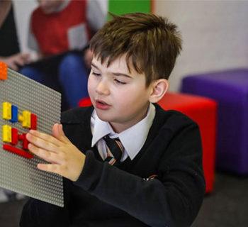 Mattoncini Lego in Braille
